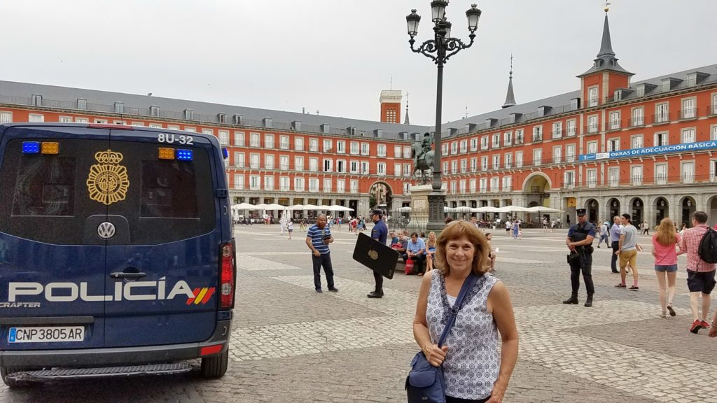 MadridJuly2016MayorsPlazaBetty